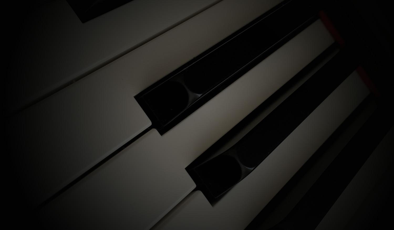 Twilight Keys - royalty-free music